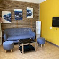 Cho thuê căn hộ chung cư chợ Đầm cách biển 200m LH: 0914196496