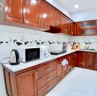 Cần cho thuê mặt tiền nội bộ khu vực p8 , gồm 4 phòng ngủ LH: 0812206745