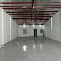 Cho thuê mặt bằng kinh doanh 180m2 tại mặt phố chính TP Hải Dương LH: 0968304258