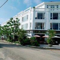 shophouse Phú Mỹ An ,đối diện chung cư , giá 5,x ỷ LH: 0337806003
