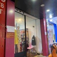 Sang nhượng shop thời trang, giá rẻ, vị trí KD đẹp tại Tân Bình, HCM LH: 0963843436