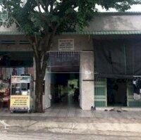 Cần vốn gấp nên vợ chồng em muốn bán 2 dãy trọ ngay khu Công nghiệp Việt - Sing, thu 23trtháng LH: 0938512269