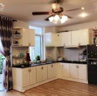 Cần bán gấp căn hộ Bàu Cát 2, 70m2, 2PN, 2WC, nội thất đẹp, thoáng mát LH 0906399383 Hưng