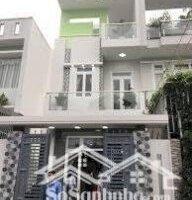 Chính chủ cần bán nhà 1 trệt 2 lầu, gần chợ Hóc Môn, DT 5x17m, có SHR, ngân hàng cho vay 70 LH: 0906347827