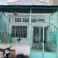 Nhà cấp 4 sạch đẹp ngay sau Gigamall PhạmVăn Đồng LH: 0906879568