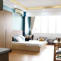 Cho thuê nhà 10 phòng căn hộ dịch vụ Phó Đức Chính, PNguyễn Thái Bình, Q1 LH: 0917220223