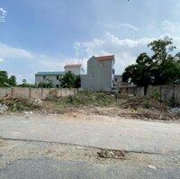 Bán đất 50m2 Lệ Chi, MT 55m, đường nhựa 2 ô tô tránh, KD sầm uất, 2 mặt tiền, sđcc, 899tr LH: 0943593689