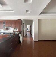 Bán gấp căn hộ chung cư 17T hoàng đạo thúy LH: 0917495479