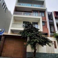 Cho thuê Toà Văn Phòng Mới Xây - 700m2 - Thang Máy - Sàn trống - Gía 120 triệu Tháng LH: 0901396167