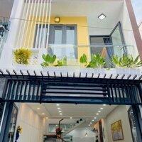 Chính chủ bán gấp căn nhà mới xây 70m2, giá 2,7 tỷ TL miễn cò LH: 0969434498