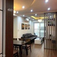 Cần bán gấp CH 71,22 m2 ,Full nội thất , Hướng mát , ở 90 Nguyễn Tuân giá: 2,6 tỷ LH: 0339107692