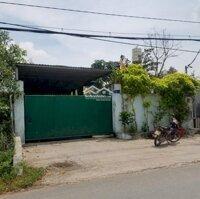 Bán nhà xưởng Kênh A, 600m2 đường xe container 20m, gần KCN Tân Tạo LH: 0913933811