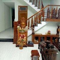 Cho thuê nhà hai tầng Để lại nội thất LH: 0395698616