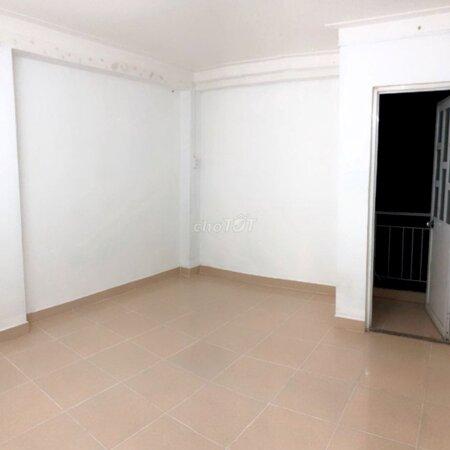 Phòng Mới Có Ban Công, Sạch Sẽ. Gần Cv Phú Nhuận- Ảnh 1