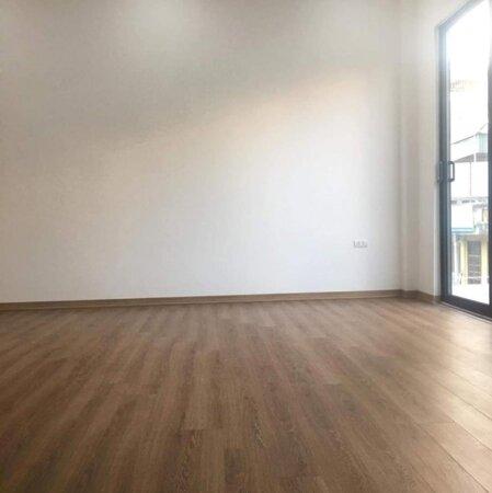 Bán nhà 4 tầng Trần Thủ Độ, Thanh Trì, Hà Nội, diện tích 41 m2 giá chỉ 2.5 tỷ, ô tô con đỗ cửa, nhà mới đẹp sẵn sàng ở ngay, liên hệ: Mr Phong - 0385599000/0931028840.- Ảnh 3