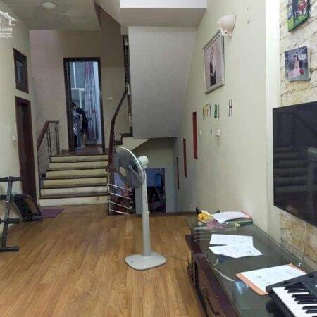XẢ SỐC 350TR, Phố Tư Đình - LONG BIÊN, 89m2 MTx5.2m 4 tầng LH Mr.Chức 0915877846- Ảnh 2