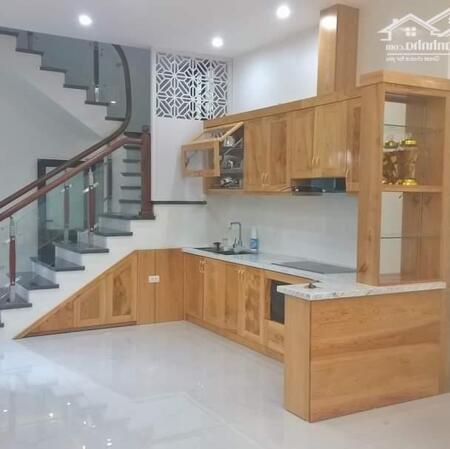 Mua nhà đón tết mặt phố Nguyễn Khánh Toàn DT 70m2 giá nhỉnh 7 tỷ 0982755203- Ảnh 3
