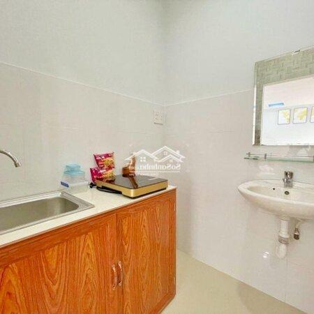 Phòng Mới Có Cửa Sổ View Đẹp Kệ Bếp Bồn Rửa- Ảnh 7