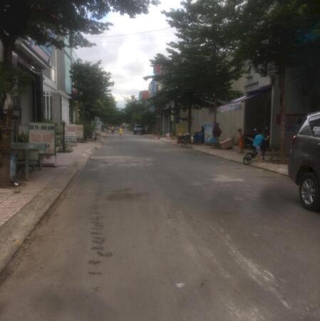 Đất Thị xã Bến Cát 185m², sổ đỏ, chính chủ, 100tc- Ảnh 1