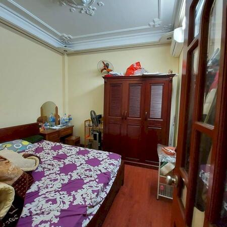 Nhà Ngõ Hào Nam, Đống Đa 40m2x 5T MT4,5m lô góc KD tốt, giá 4 tỷ- Ảnh 2