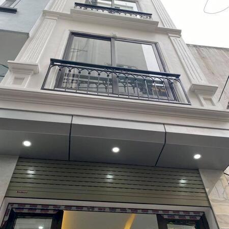 Bán nhà 4 tầng có ban công cực thoáng-100m ra chợ,30m ra đường oto đi (tổ 11 yên nghĩa) lhcc 0968669135- Ảnh 1