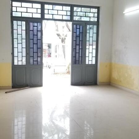 Cần bán nhà 2 tầng Giá RẺ mặt tiền đường 10,5 m Khúc Hạo - Nại Hiên Đông - Sơn Trà .- Ảnh 2