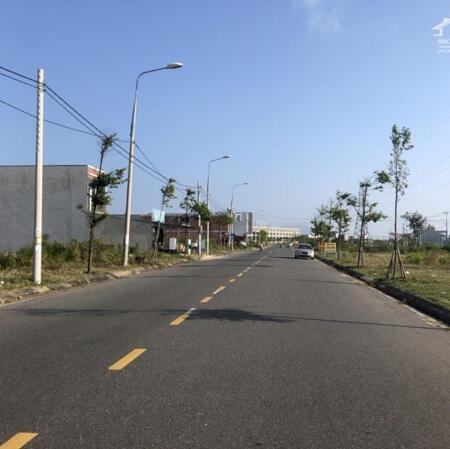 Bán 3 lô liền kề đường Cao Hồng Lãnh, trục chính khu Bá Tùng.- Ảnh 2