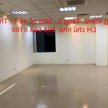 Chủ nhà cho thuê 45m2 tầng 5 tại nhà VP 9 tầng số 11 Thái Hà. Giá 10 triệu/tháng. LH 0986646169- Ảnh 3