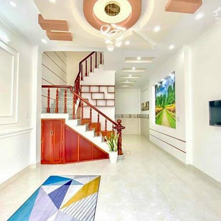 Bán nhà mới tuyệt đẹp 3 lầu hẻm 1 Lý Tự Trọng kế công viên Lưu Hữu Phước- Ảnh 3