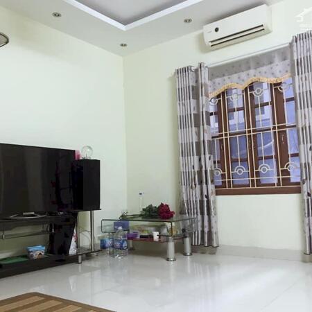 Giá rẻ nhà đẹp! Nhỉnh 3 tỷ có ngay nhà riêng Thái Thịnh, 36m2, MT 4m, 4 tầng- Ảnh 1