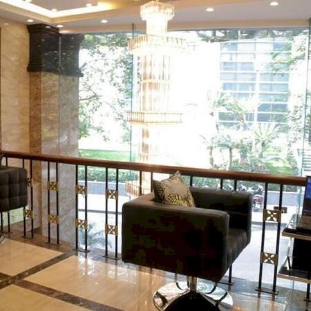 Tòa nhà căn góc Huỳnh Thúc Kháng, 7 tầng thang máy, ô tô tránh, giá 30 tỷ- Ảnh 3