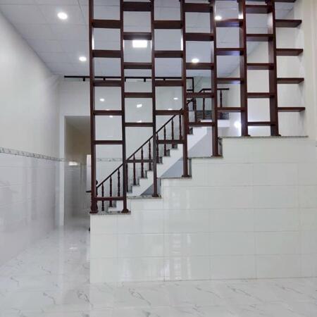 Nhà cho thuê___ nhà xây mới Gần công an phường phú lợi__ bình dương , lững 2 phòng 7.5tr sân ô tô, LH THỦY 0917829339- Ảnh 1