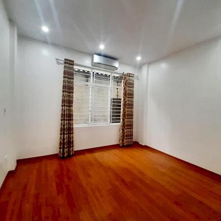 Mua ở hoặc đầu tư đều lời! Bán nhà riêng Hoàng Văn Thái, 32m2, 4 tầng, nhỉnh 3 tỷ- Ảnh 2