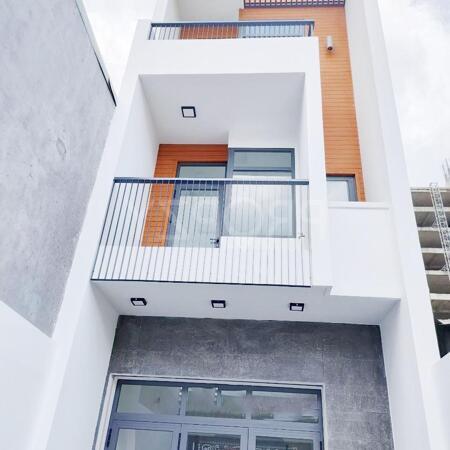 Bán nhà 4x28 MT đg Lê Thị Chợ ,1T 3L ,xây dựng kiến trúc hiện đại- Ảnh 1