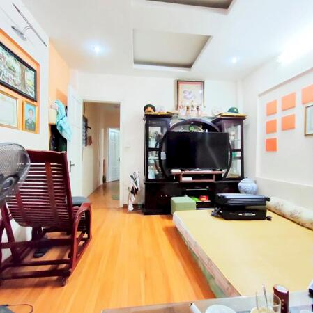 5.4 Tỷ, Nguyễn Khánh Toàn, DT 55m, 5 tầng, 6 ngủ, 5m ô tô tránh- Ảnh 1