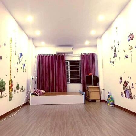 Bán nhà Kim Giang 40m2 mới đẹp, gần phố, ngõ rộng thoáng, mt 4m, tặng nội thất giá 3.65 tỷ- Ảnh 2