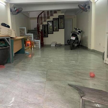 Bán nhà Kim Giang 40m2 mới đẹp, gần phố, ngõ rộng thoáng, mt 4m, tặng nội thất giá 3.65 tỷ- Ảnh 4