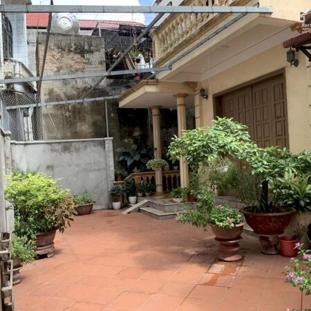 Cần bán gấp nhà tại ngõ 548/30 Nguyễn Văn Cừ Long Biên, 189m2, ô tô vào nhà- Ảnh 1
