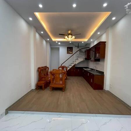 Một căn duy nhất phố Vũ Tông Phan 36m2 x4T 1 nhà ra phố, ô tô đỗ cổng, giá chỉ 3 tỷ có TL.- Ảnh 1