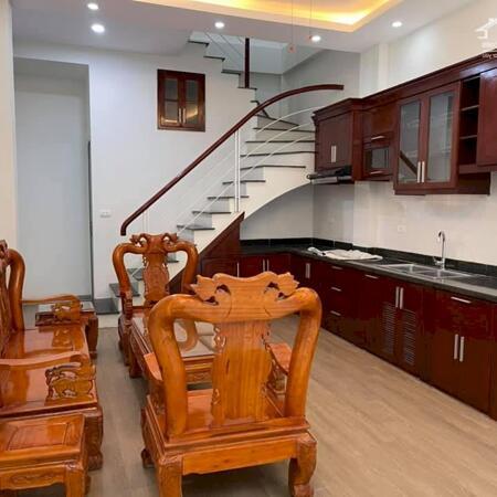 Một căn duy nhất phố Vũ Tông Phan 36m2 x4T 1 nhà ra phố, ô tô đỗ cổng, giá chỉ 3 tỷ có TL.- Ảnh 2