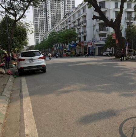 Bán nhà Phố Xuân La, Bulding Văn Phòng, Kinh Doanh sầm uất 106m2, giá chỉ 20 tỷ- Ảnh 1