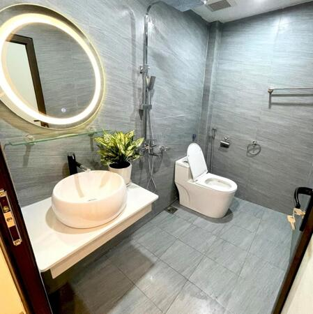 Cần bán nhà Tôn Thất Tùng giá 80 triệu /m2 , diện tích 35 m2- Ảnh 3