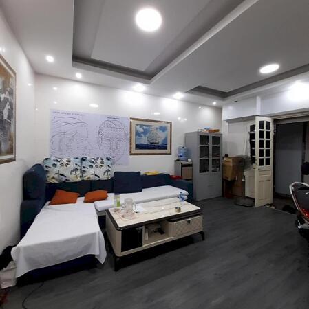Nhà bán 4 tầng x 39m2 Nguyễn Phúc Lai, hồ Hoàng Cầu, quận Đống Đa- Ảnh 1