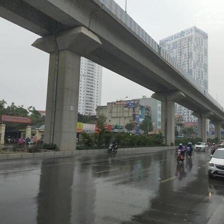 Bán nhà mặt phố Quang Trung, Hà Đông. Kinh doanh tốt, 2 mặt tiền. 71m 4 tầng. Giá 10,4 tỷ- Ảnh 2
