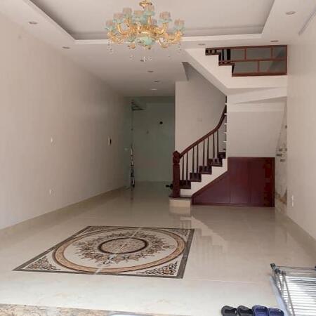 Chủ cần tiền bán gấp  nhà Yên Lãng, Đống Đa, 48m2, 4T, 4.2 tỷ. LH 0386495539- Ảnh 1