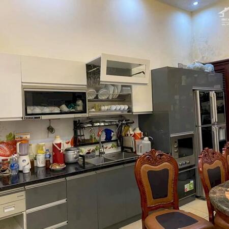 Bán gấp nhà Lương Yên - Hai Bà Trưng, nhà mới hiện đại, gần vườn Hoa ngõ thông, gần ô tô chỉ nhỉnh 6 tỷ. LH 0379990945.- Ảnh 3