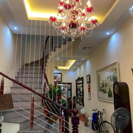 Bán gấp nhà Lương Yên - Hai Bà Trưng, nhà mới hiện đại, gần vườn Hoa ngõ thông, gần ô tô chỉ nhỉnh 6 tỷ. LH 0379990945.- Ảnh 2