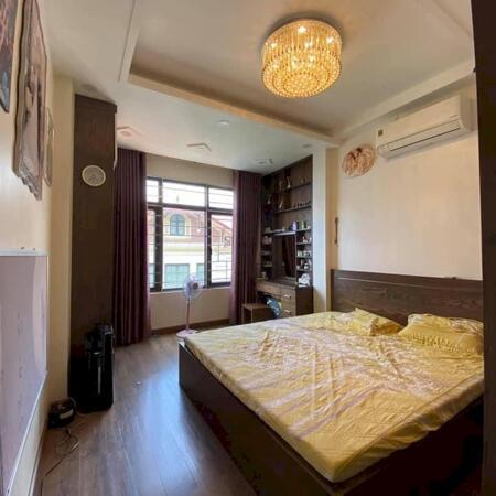 Bán nhà riêng Đường Khương Đình, Thanh Xuân diện tích 55 m2, giá chỉ 3.9 tỷ. Liên hệ: 0368781929- Ảnh 2