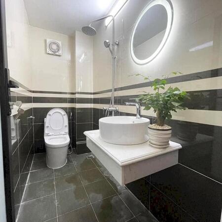 Bán nhà riêng Đường Khương Đình, Thanh Xuân diện tích 55 m2, giá chỉ 3.9 tỷ. Liên hệ: 0368781929- Ảnh 3