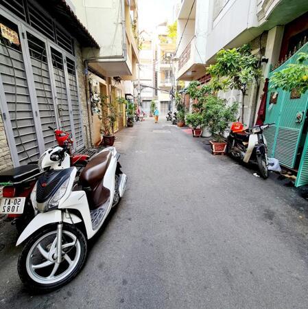 Bán nhà Q3 Nguyễn Thiện Thuật 35m2 ,hẻm 6m oto- Ảnh 1